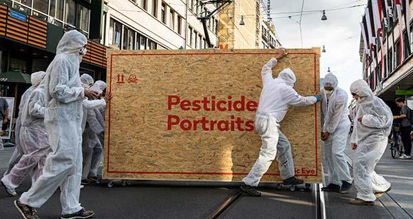 Fast 38'000 Menschen fordern von Syngenta: Stoppt das Geschäft mit hochgefährlichen Pestiziden!